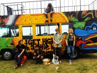 Will and the People bus