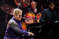 Elton John photo by Ros O'Gorman