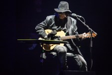 Rodriguez performs at the Plenary in Melbourne on Friday 25 November 2016. Photo by Ros O'Gorman
