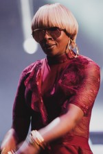 Mary J Blige plays Hamer Hall on Wednesday 12 April 2017. Photo by Ros O'Gorman