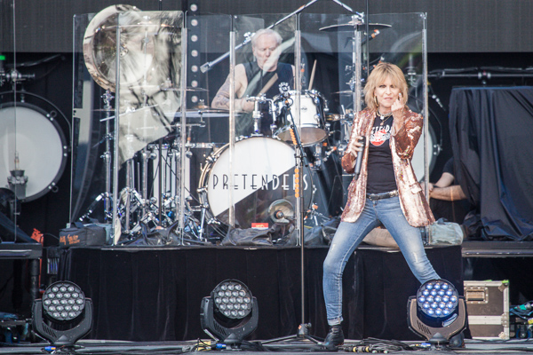 Pretenders ADOTG at Rochford Winery on Saturday 18 November 2017. Photo by Ros O'Gorman