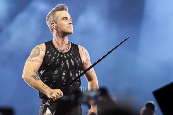 Robbie Williams Heavy Entertainment Tour at Rod Laver Arena on Saturday 24 February 2018. Photo by Ros O'Gorman