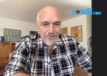 The Black Sorrows the Noise11 interview