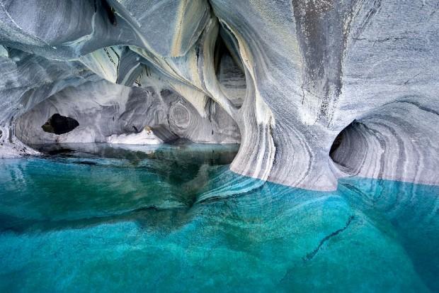 Le Cattedrali di marmo sul Lago Carrera in Patagonia