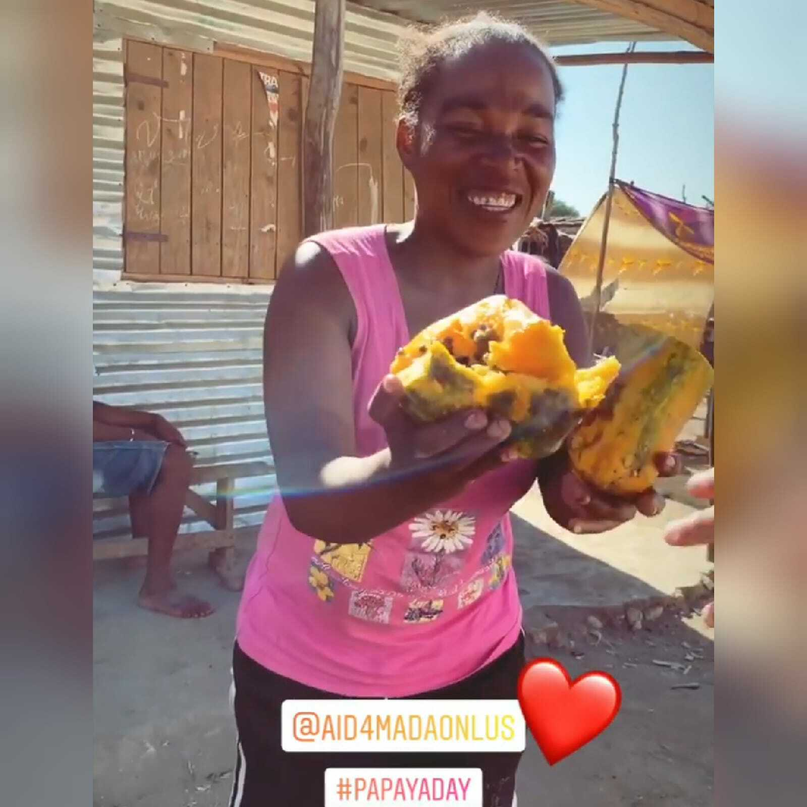 In Agricoltura MadagascarUn Day Papaya Noi Indimenticabile Siamo Nwn80XOPk