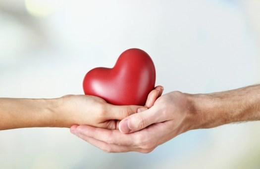 dare e ricevere mani