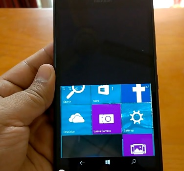 Build 10136 Phablet