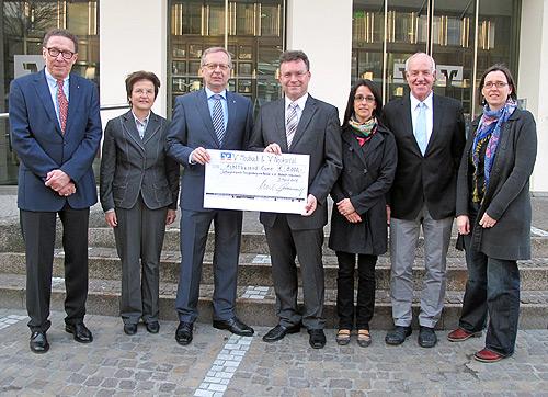 Volksbanken unterstuetzen Schlossfestspiele