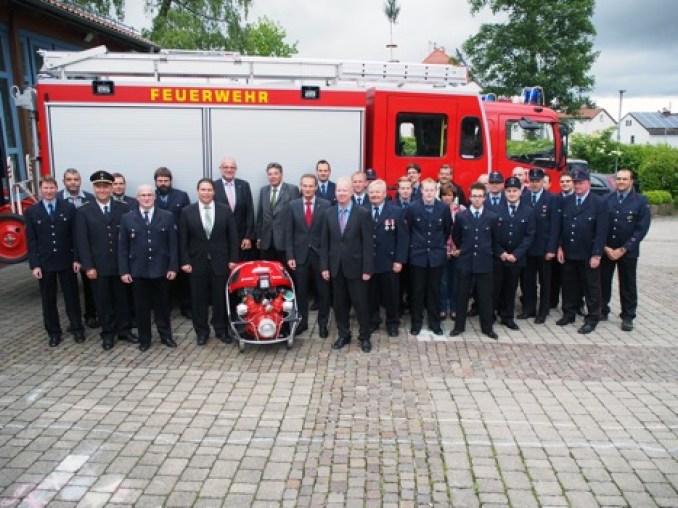 BGV unterstuetzt FFW Waldbrunn
