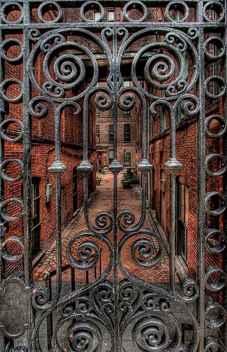 Gate Entry, Warsaw, Poland