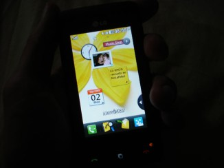 LG K570 - widgets