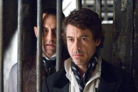 Mark Strong y Robert Downey Jr.