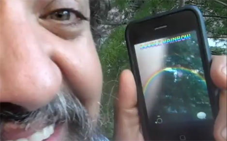 Aplicación del arcoíris doble para el iPhone