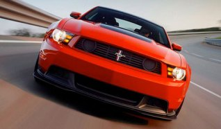 2012_ford_mustang_boss_302_2