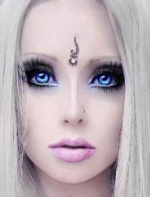 Valeria-Lukyanova-barbie-humana-11