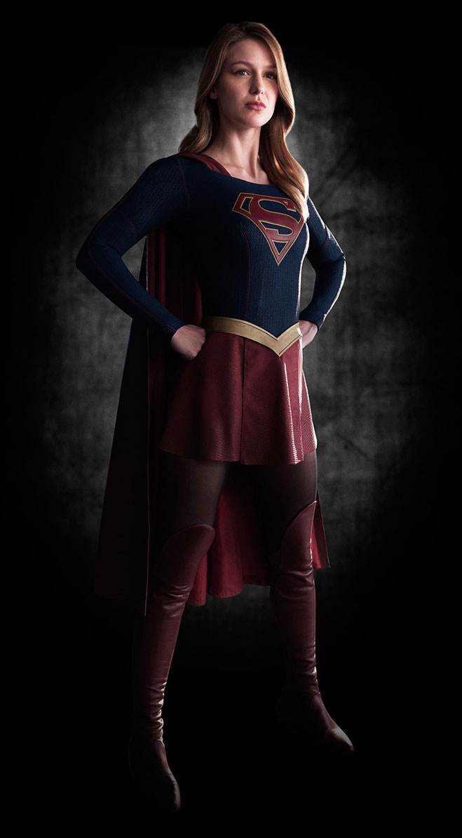 Melissa-Benoist-como-Supergirl-CBS