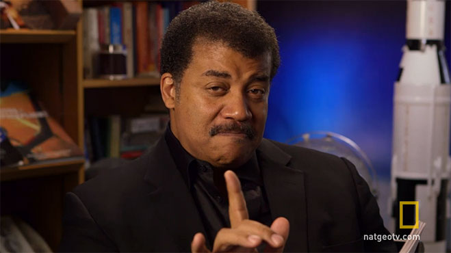 Neil-deGrasse-Tyson-lee-criticas