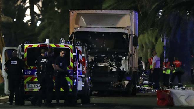 atentado-niza-francia-14-julio-2016