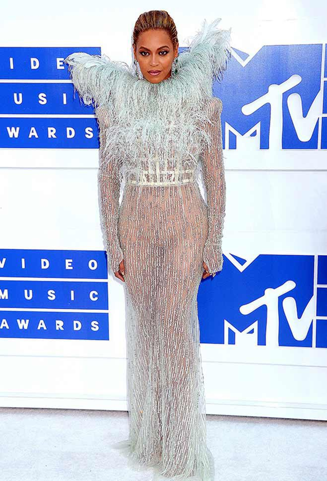 beyonce-mtv-vmas-2016-red-carpet