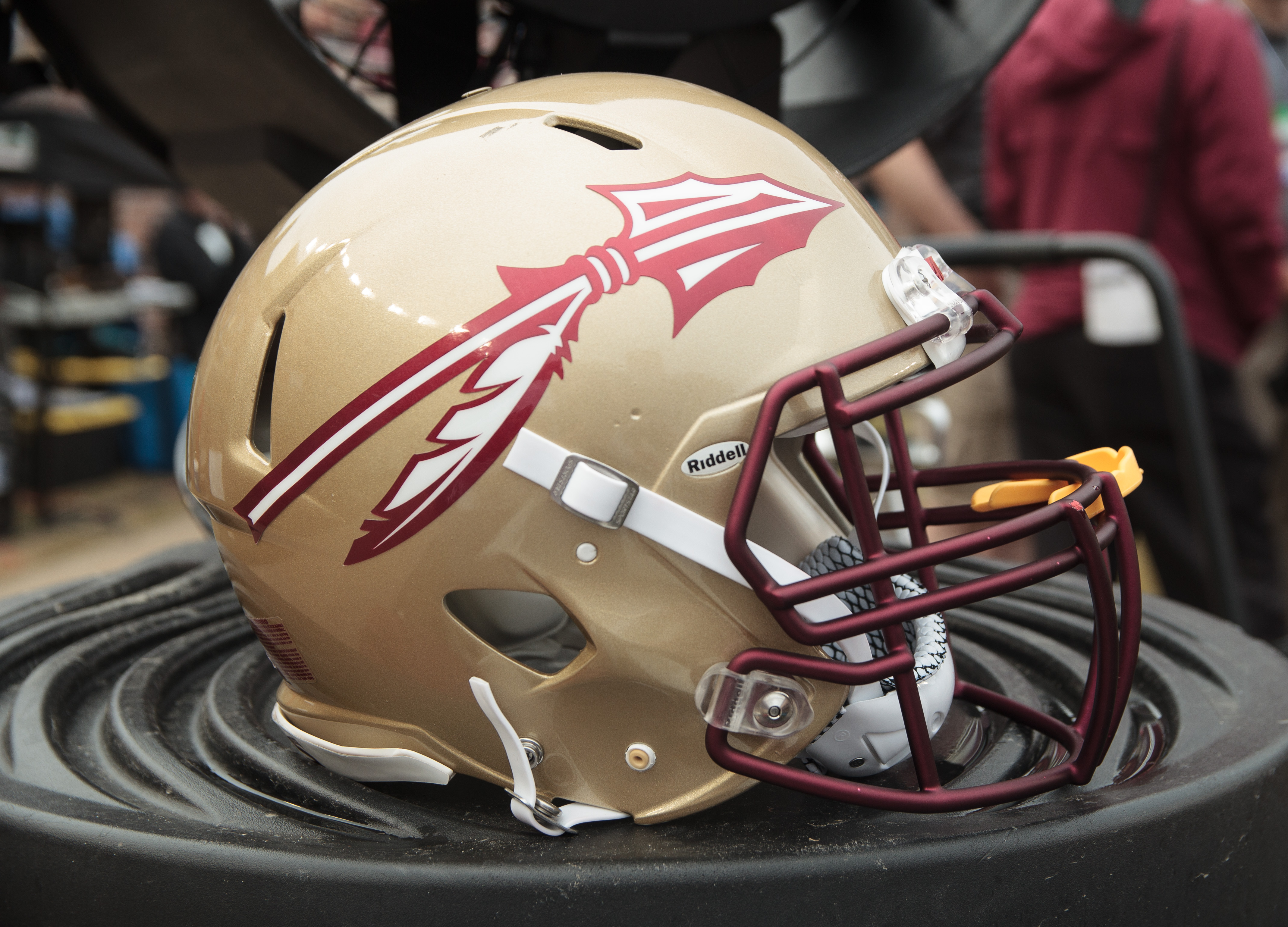 newest collection 33182 acb54 The history of Florida State Football's uniforms - NoleGameday