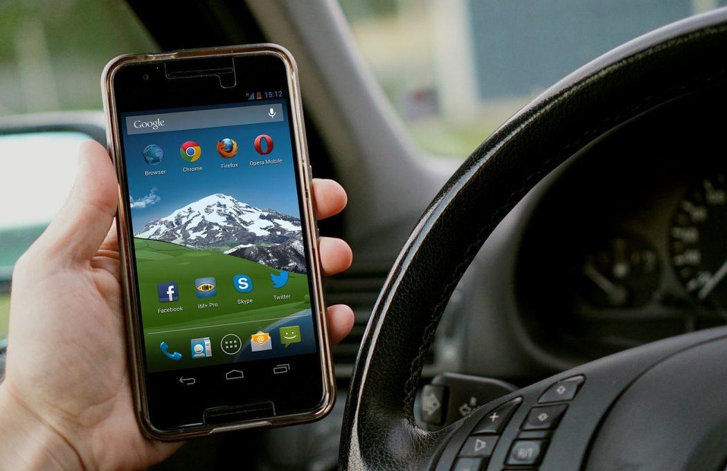 Il Cellulare è Il Nuovo Pericolo Pubblico N 1 Alla Guida