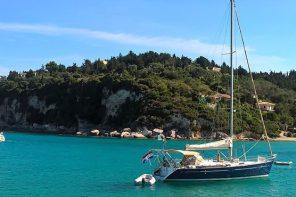 Viaggio a Corfù, patria della vacanza estiva