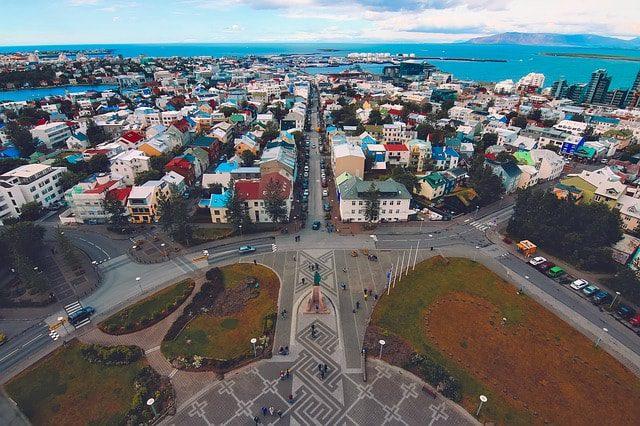 reykjavik e l'islanda sono al primo posto tra i paesi più pacifici del mondo
