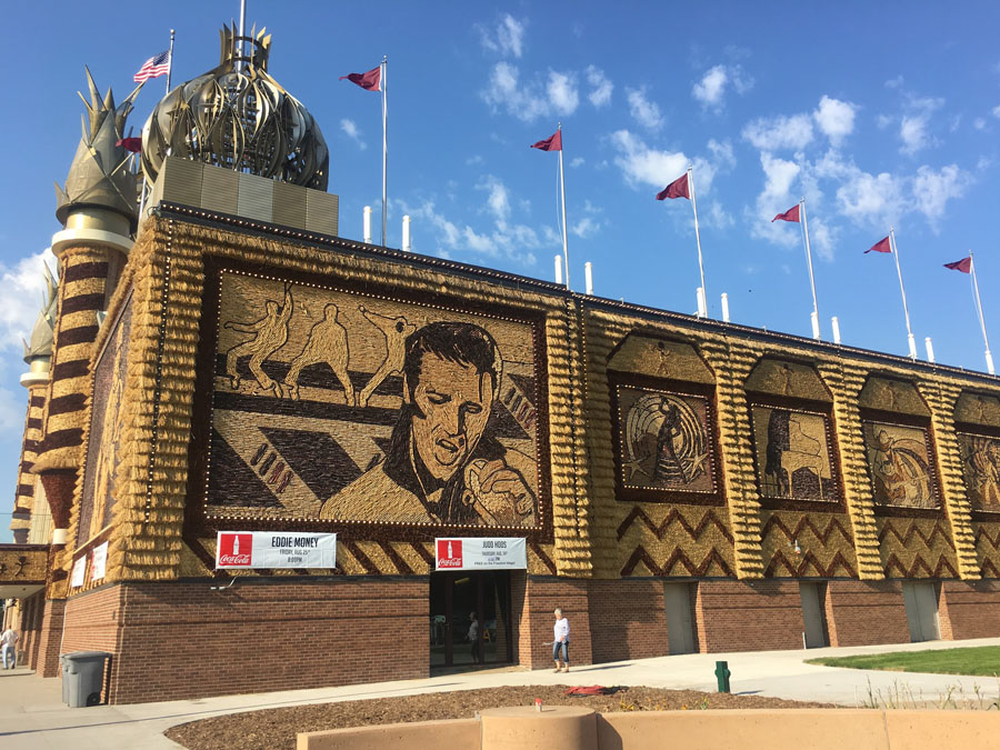 Corn Palace building covered in murals made of corn