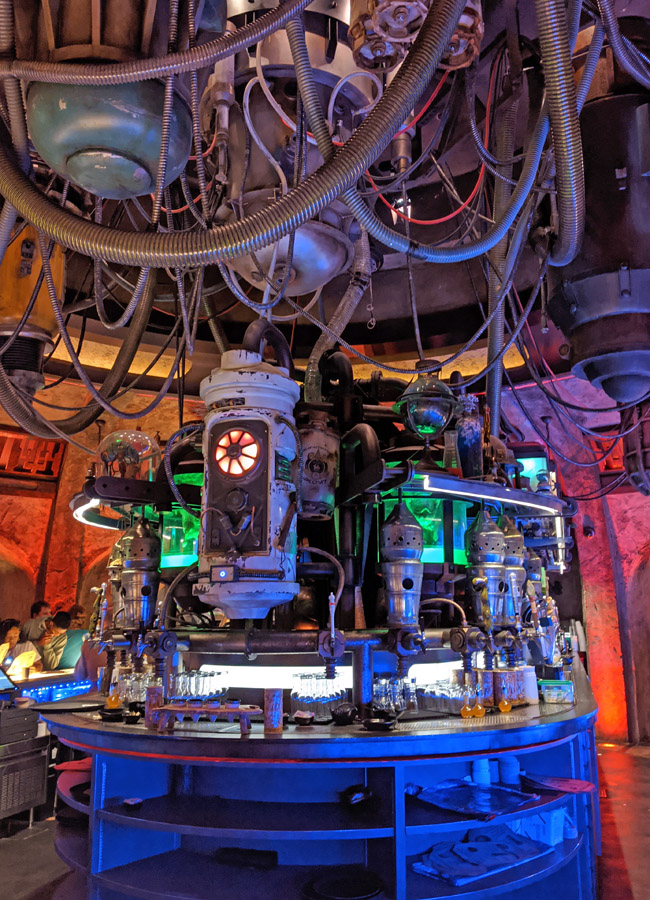 Bar inside Oga's Cantina in Disney World's Galaxy's Edge