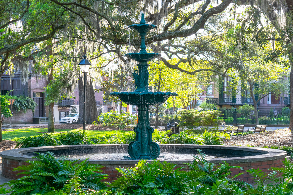 Fountain and trees in historic Savannah