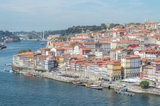 The Ribeira as seen from Ponte de Dom Luís.