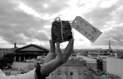 Le Pavé Parisien, l'idée gourmande du jour (1/24), la bûche des nostalgiques de 68