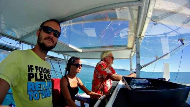 Pri kormidle už po pár minútach na lodi