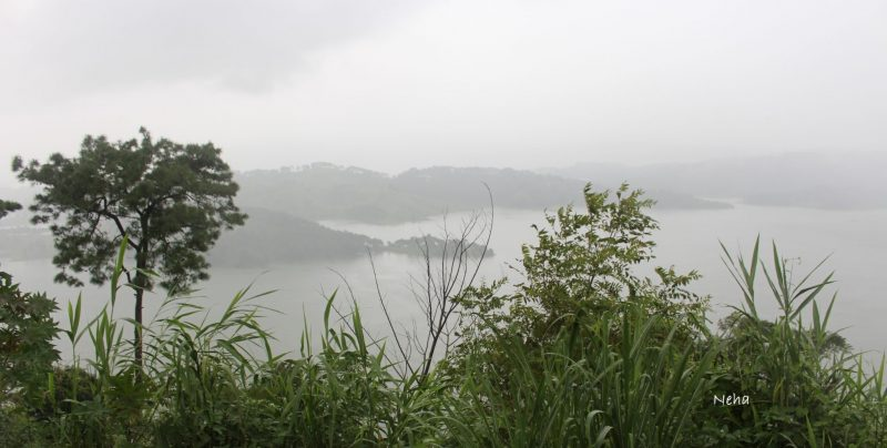 The best time to visit Shillong and Cherrapunji: Monsoon! One part of India that I had not visited at all in my years of travelling, was the north-eastern states. I finally broke that jinx by visiting Meghalaya, the predominantly tribal state carved out of Assam in the 1970's. After my wonderful trip to Meghalaya in the height of the rains, I am now convinced that the monsoon is the best time to visit Shillong and Cherrapunji, the two most important places to see in Meghalaya. It seemed right to be visiting the wettest place on earth, in the middle of the monsoon season! I'm now a huge fan of Meghalaya's natural beauty, and would love to share with you a little information about the places to visit in Shillong and Cherrapunji.