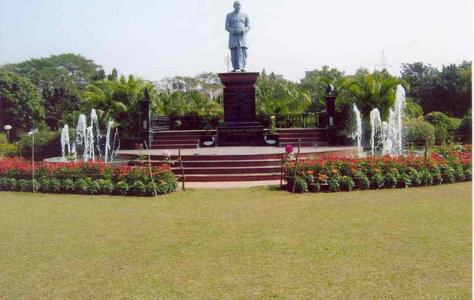 Most Popular Gardens To Visit In Delhi