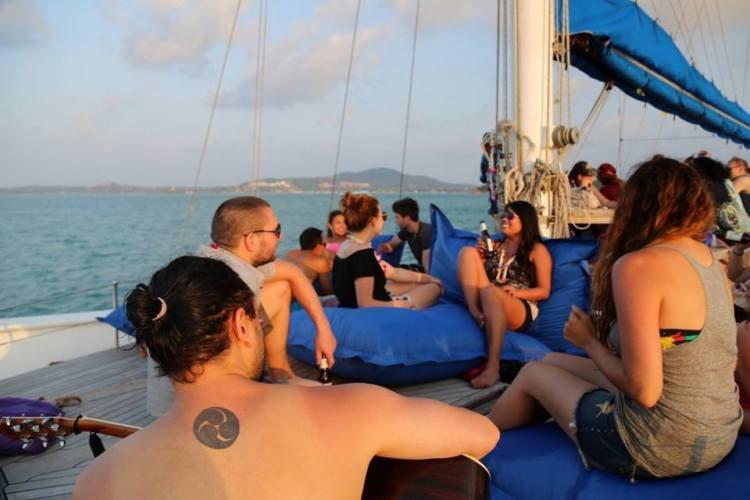 nomadic-love-wedding-cruise