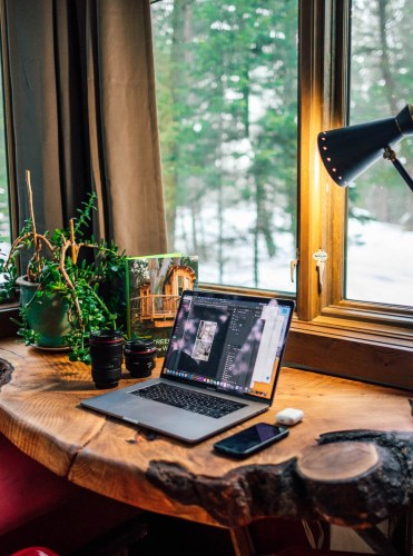 Home base establisher Digital Nomads