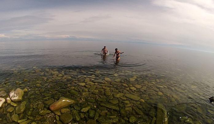 dip in Baikal 2