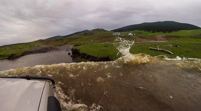 rivercrossing1