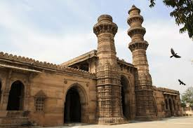 tourists on places to visit in Ahmedabad - Siddi Bashir Mosque, Ahmedabad