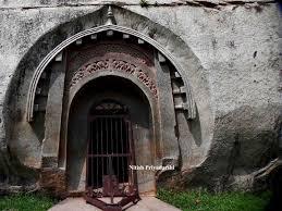 Tourist places to visit in Gaya - Barabar Caves