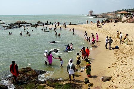 Tourist places to visit in kanyakumari - Beach