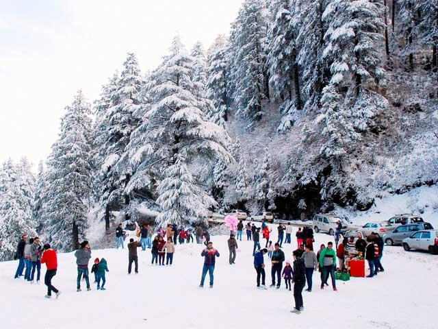 Tourist Places to visit in Kufri hill station - hill stations in india - hill station in india