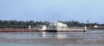 Tourist Places to visit in Pawapuri - Jal Mandir