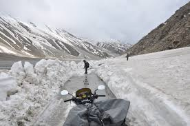 Tourist places to visit in Kaza - Kunzum Pass