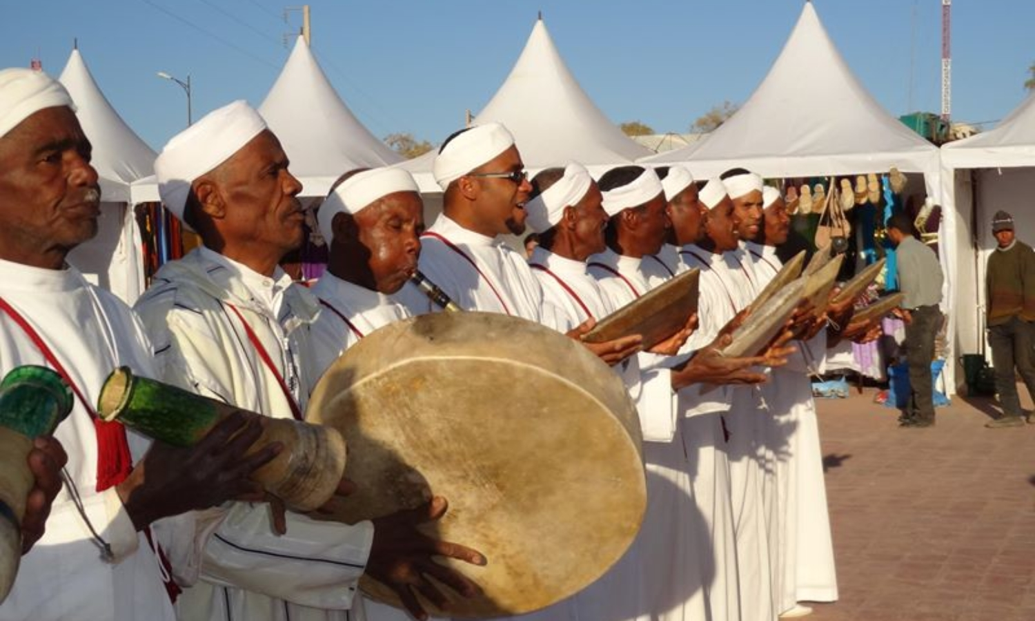 Troupe folklore traditionnel