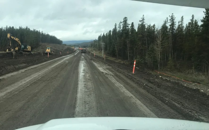 Construction along the Alaska Highway