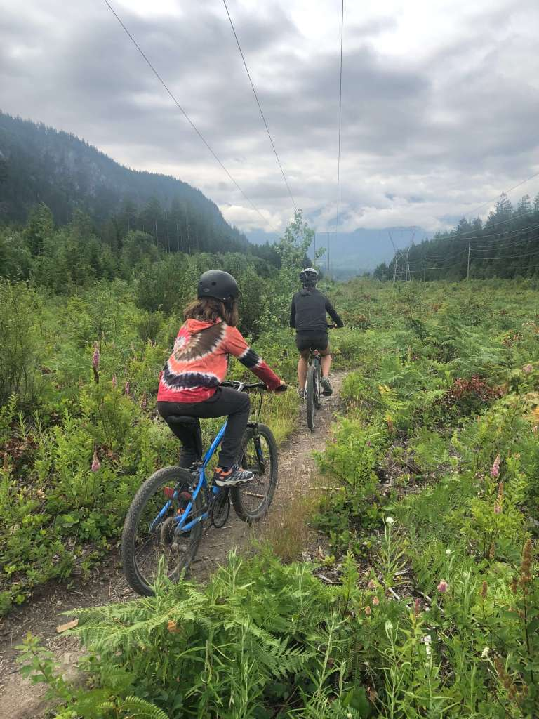 Biking Brackendale Squamish