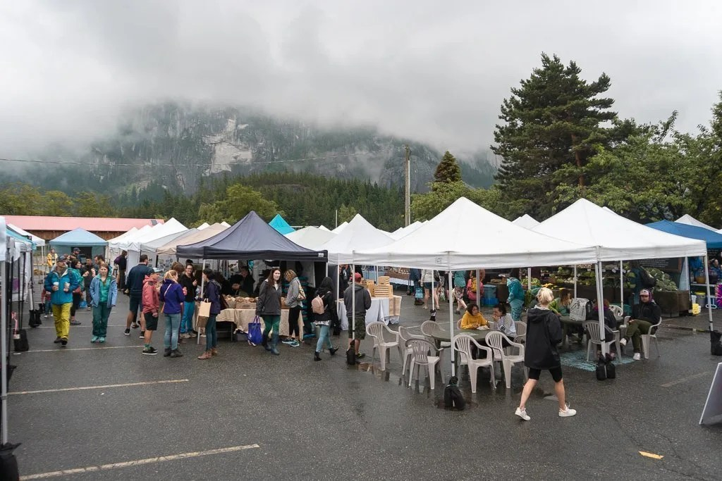 things to do in the Squamish, summer farmers market