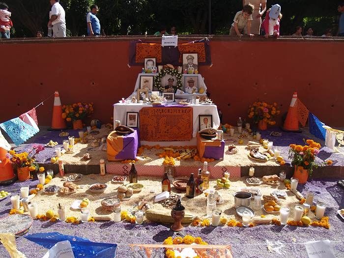 Publid Day of the Dead altar in San Miguel de Allende, Mexico